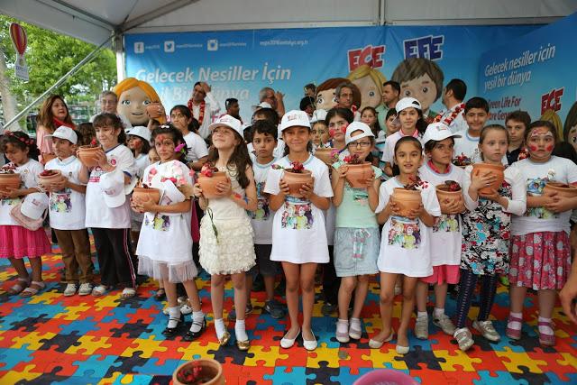 2015_05_22_Expo_2016_Antalya_Flower_Festival_44.jpg