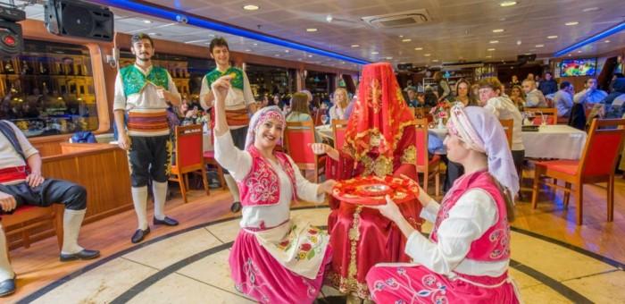Bosphorus-Dinner-Cruise-1024x498.jpg